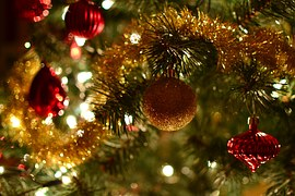 christmas-tree-1100237__180